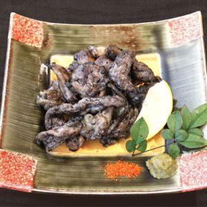 地鶏の黒煙炭火焼き~徳島県地鶏・阿波尾鶏を使用~