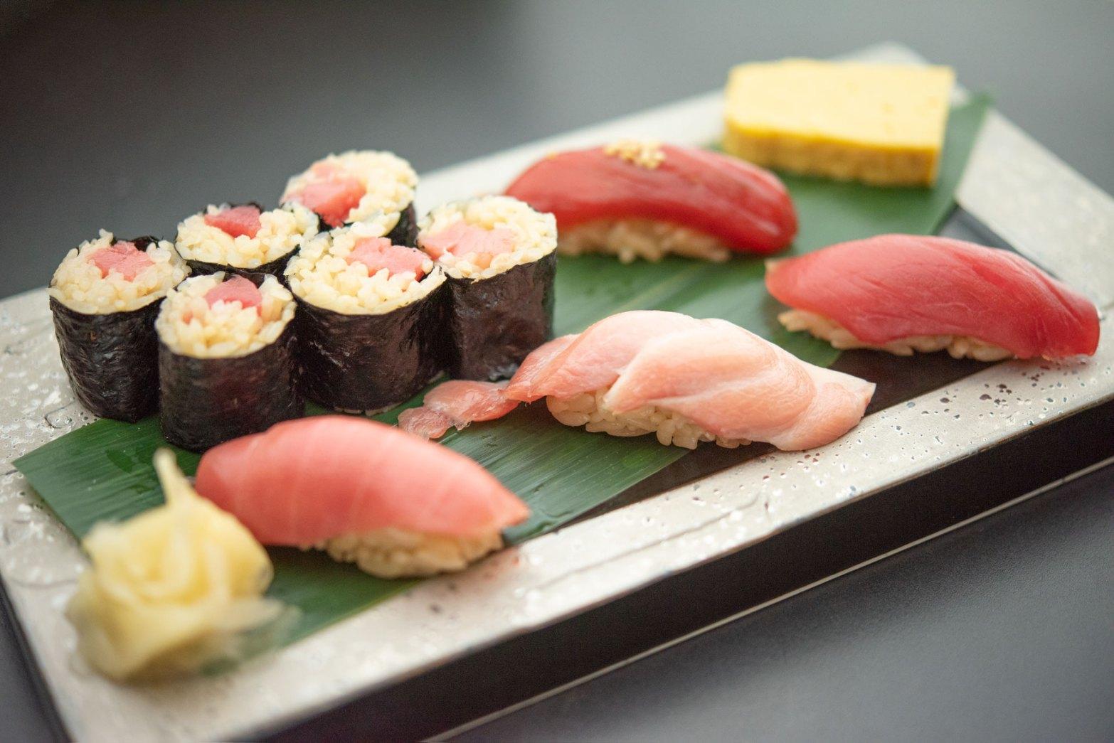 生本マグロ寿司三昧