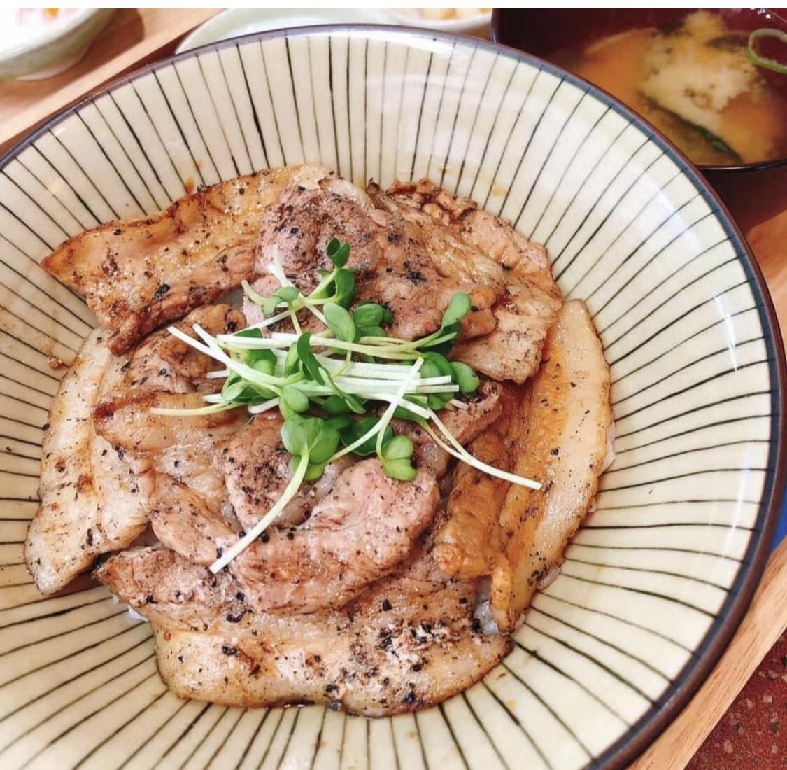 豚丼 3合目(肉100g)